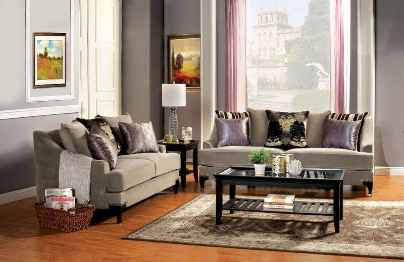 Vittoria Living Room Set in Brown