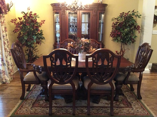 Reuben Dining Room Set