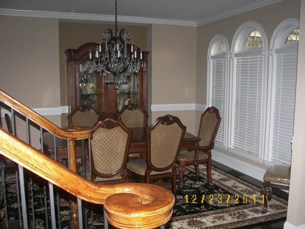 Chateau de Ville Dining Room Set