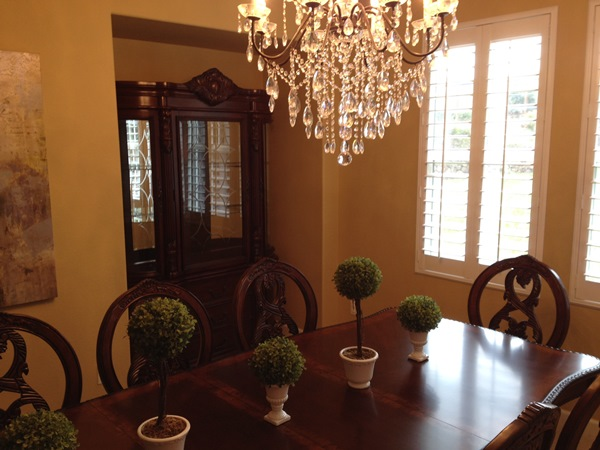 Turnbridge Dining Room Set