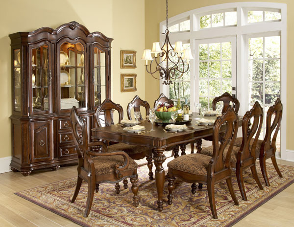 Worcester formal dining room table set von furniture for Formal dining room furniture