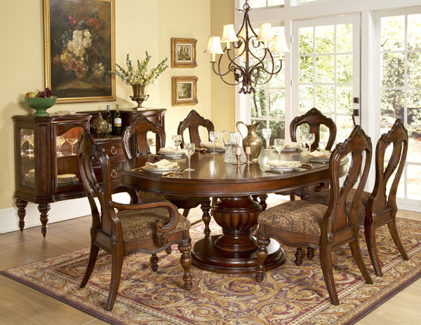 Round Formal Dining Room Table Sets