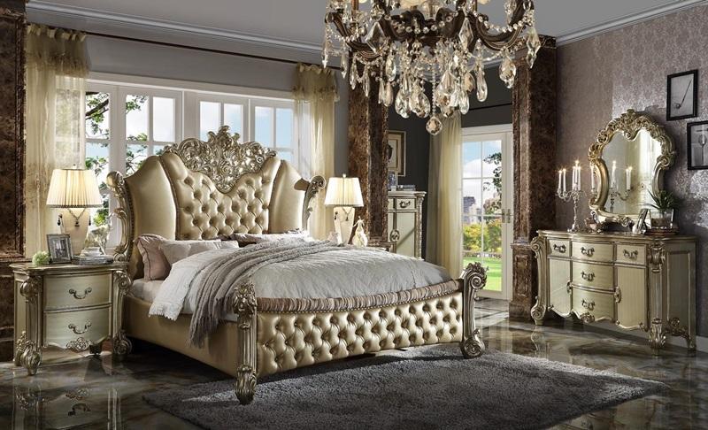 Vendome II Bedroom Set in Gold