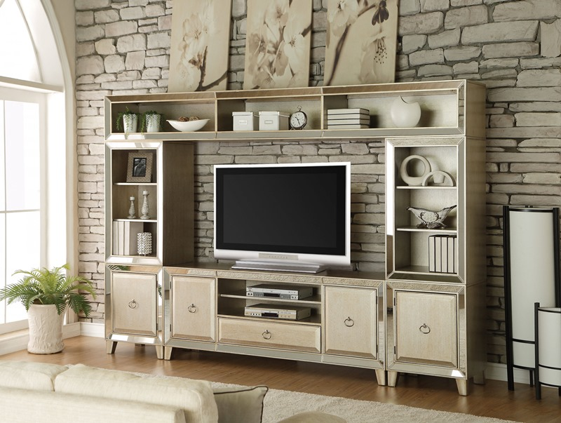 Voeville Entertainment Center in Gold