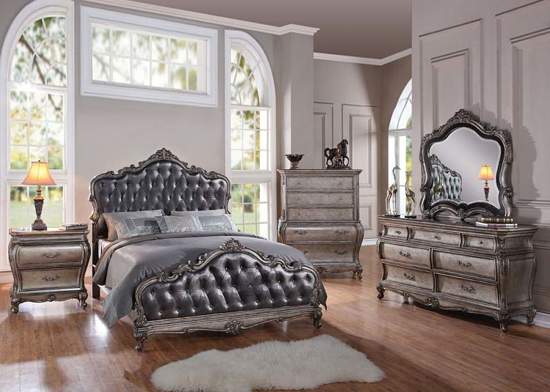 Chantelle Bedroom Set in Platinum