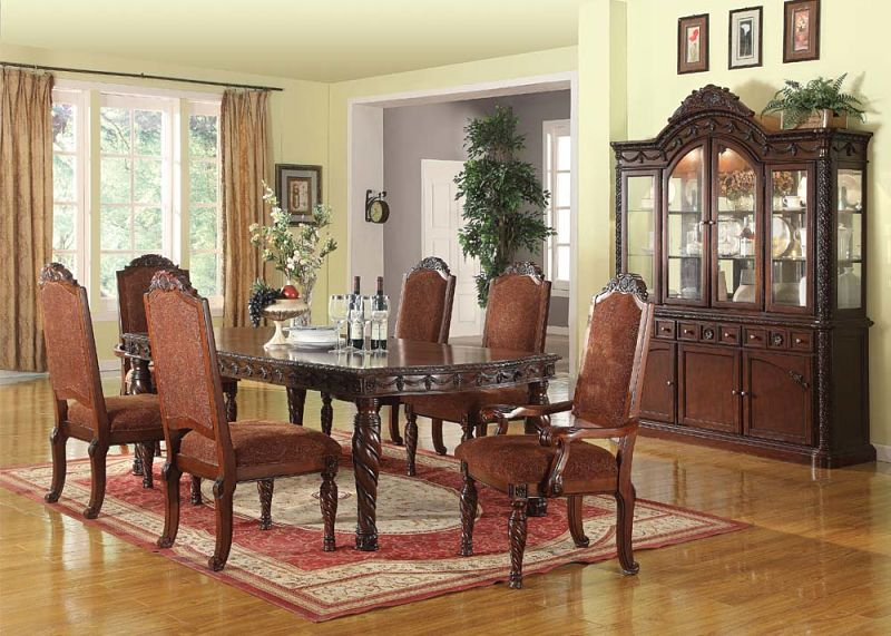 Merveilleux Quimby Formal Dining Room Set