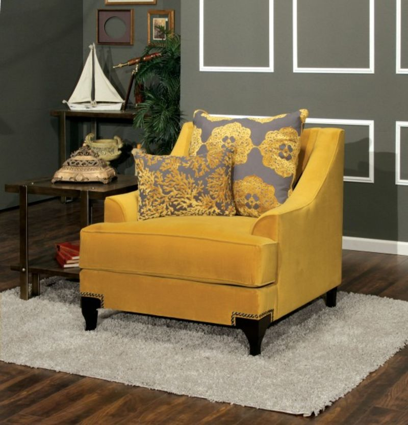 Viscontti Living Room Set in Gold