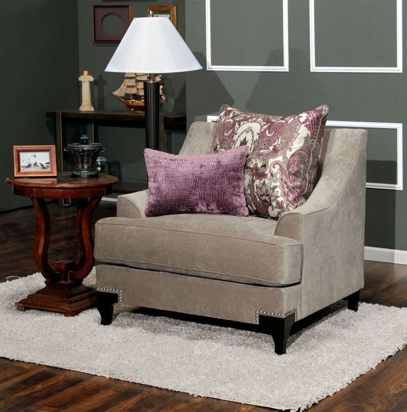 Viscontti Living Room Set in Gray