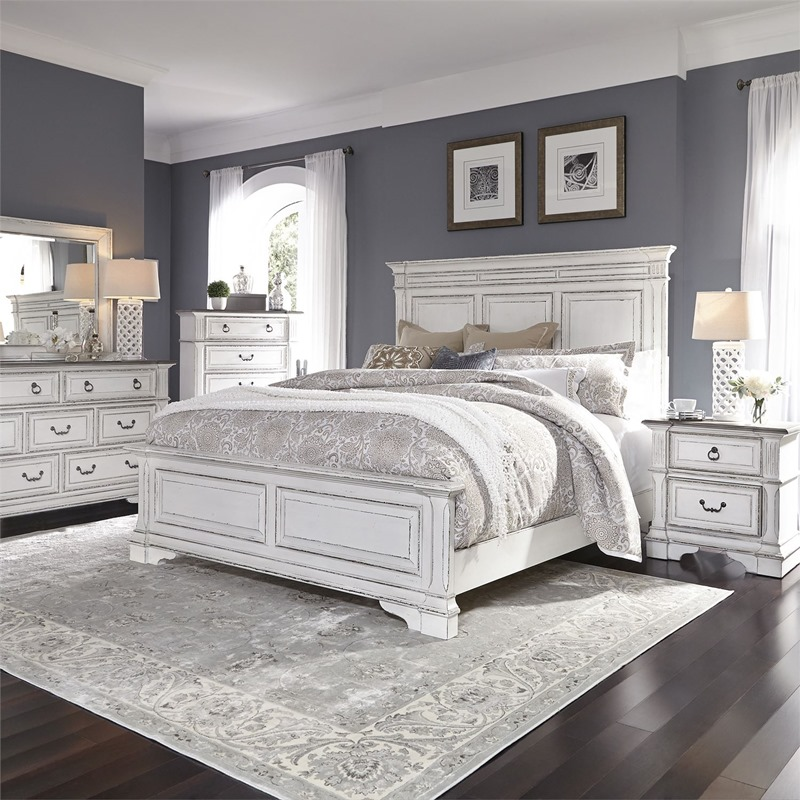 Abbey Park 4 Piece Distressed White Bedroom Set