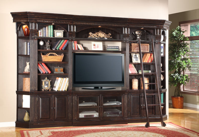 Venezia Entertainment Wall with 50 Inch Console