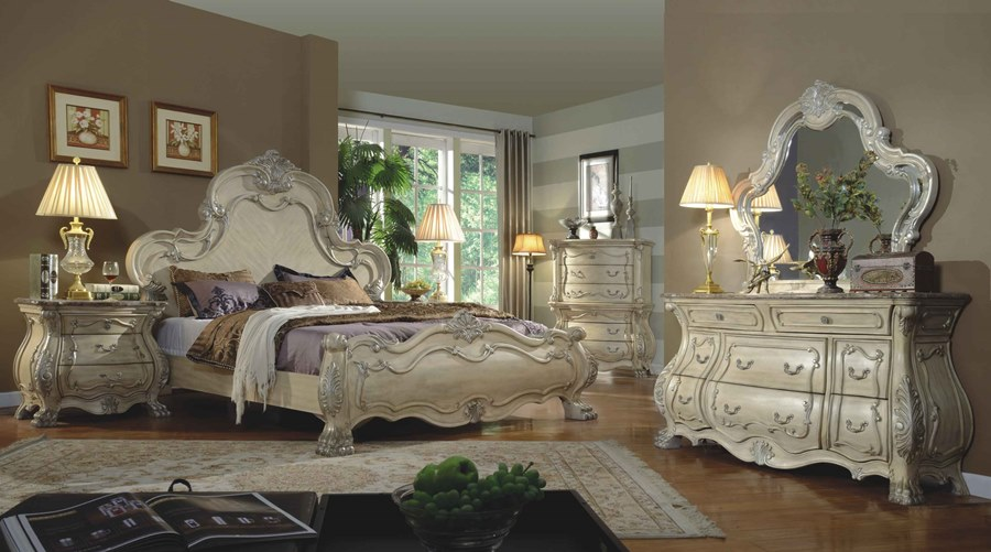 Victorian Style Antique White Master Bedroom Set With