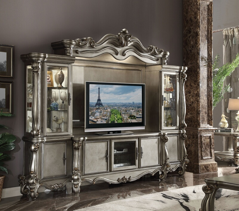 Versailles Entertainment Center in Platinum
