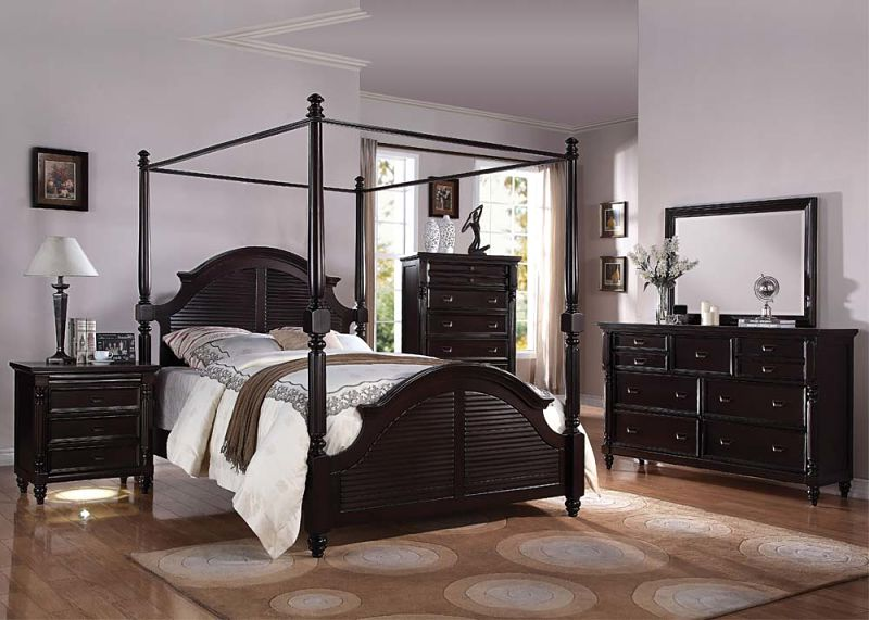 Charisma Bedroom Set with Canopy Bed