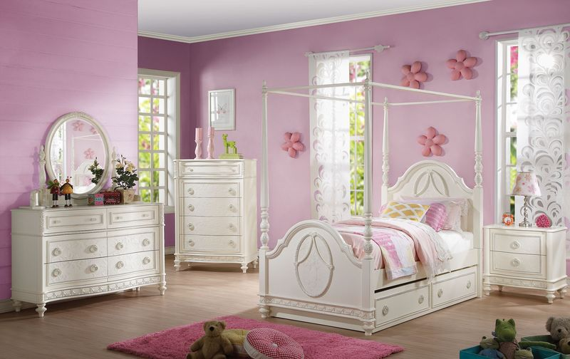 Dorothy Youth Bedroom Set with Canopy Bed
