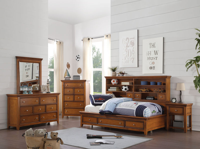 Lacey Youth Bedroom Set in Cherry