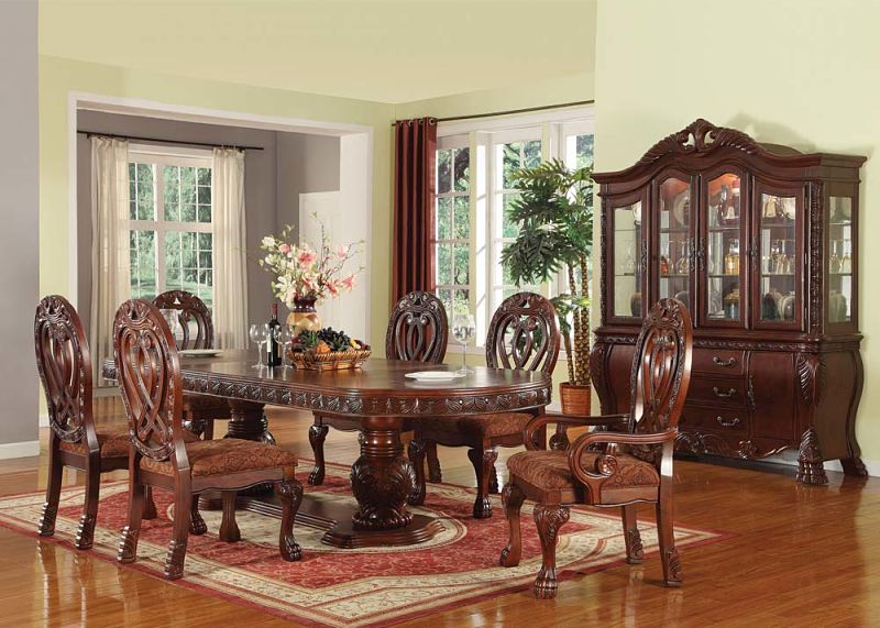 ... Quinlan Formal Dining Room Set