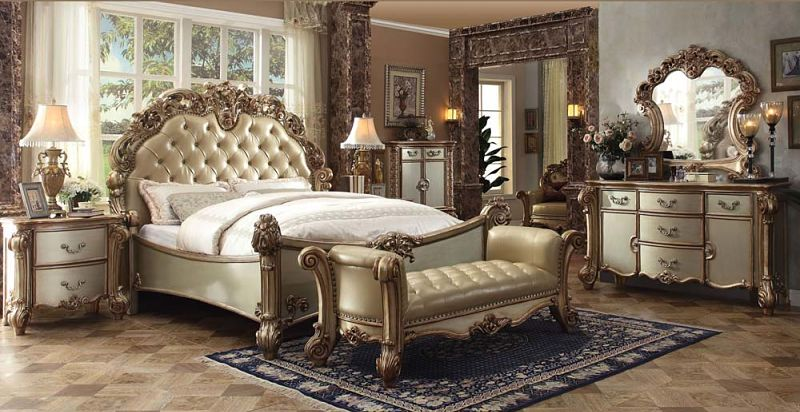 Vendome Bedroom Set in Gold