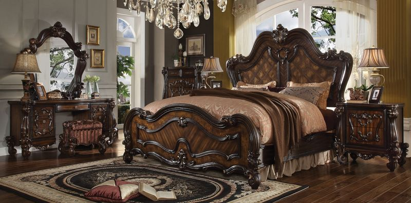 Versailles Bedroom Set in Cherry Oak