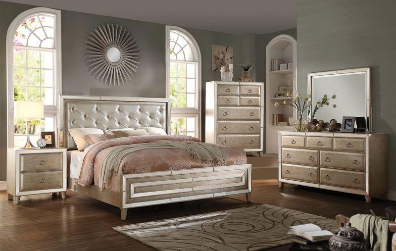 Voeville Bedroom Set