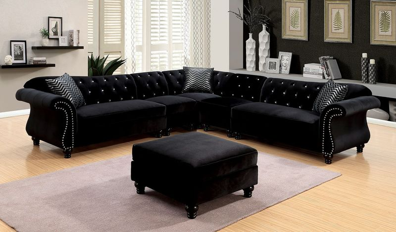 Jolanda Sectional Sofa in Black