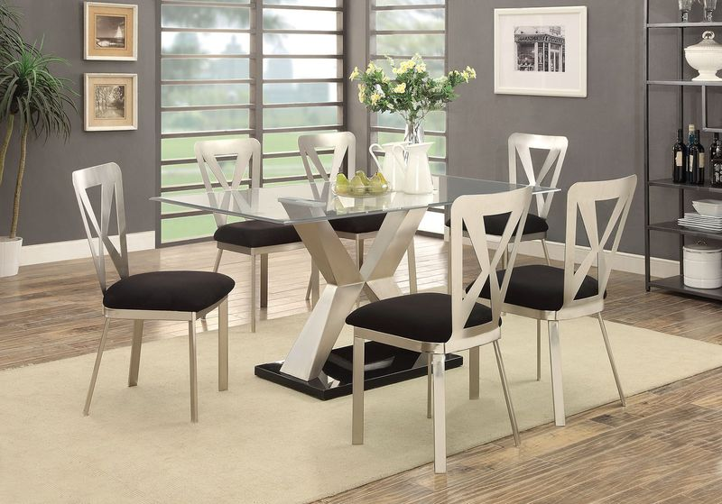 Kera Dining Room Set