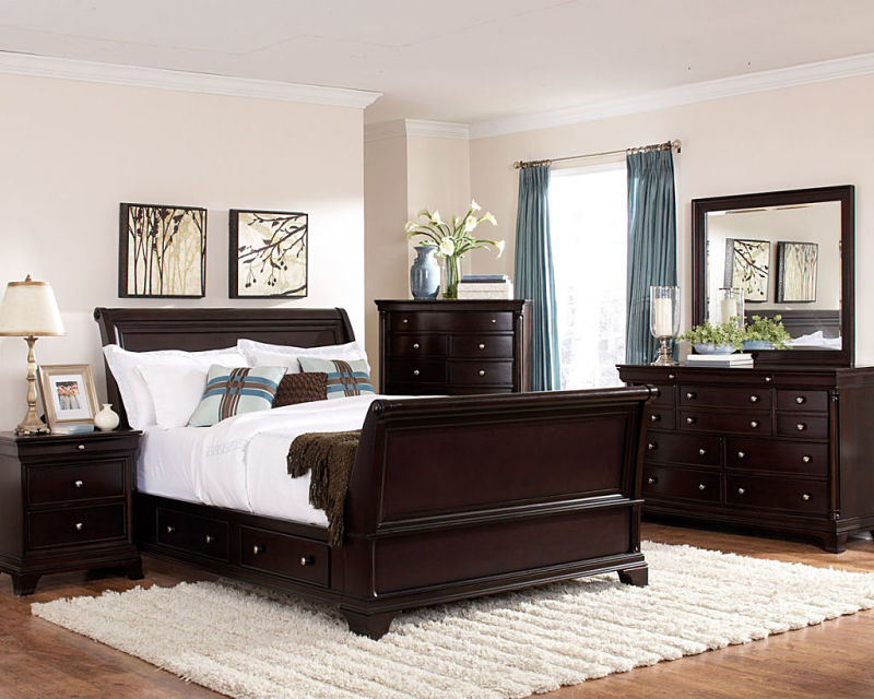Inglewood Bedroom Set with Sleigh Storage Bed