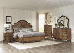 Moorewood Park Bedroom Set