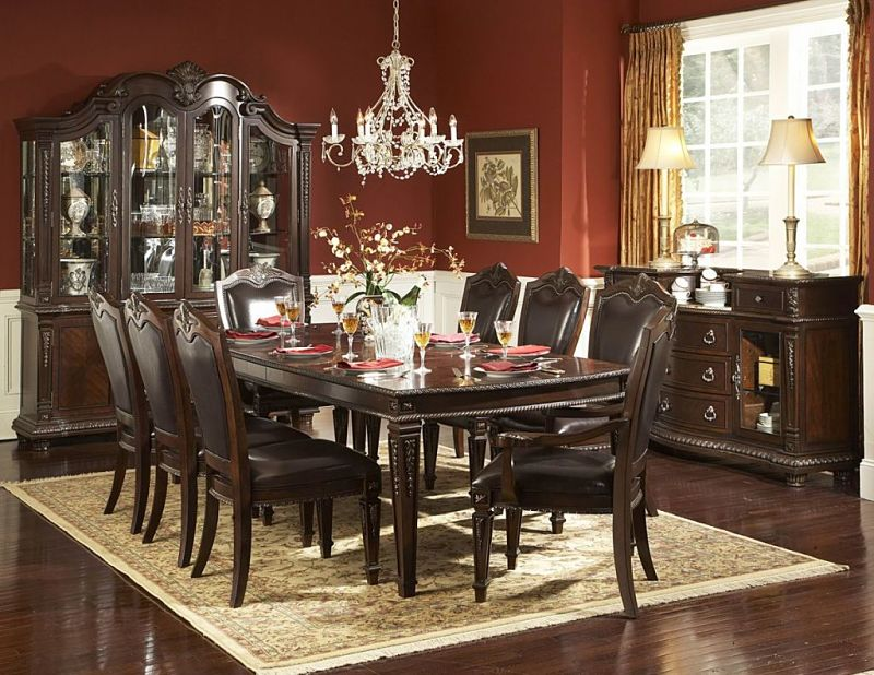 Charming Landon Dining Room Set · Palace Formal Dining Room Set