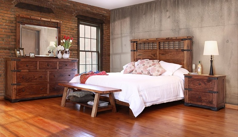 Parota 4 Piece Solid Wood Rustic Bedroom Set