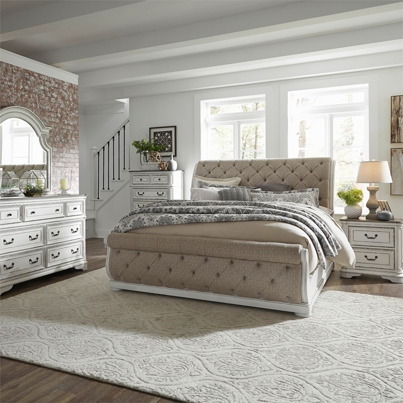 Magnolia Manor 4 Piece Queen Sleigh Bedroom Set with Upholstered Bed