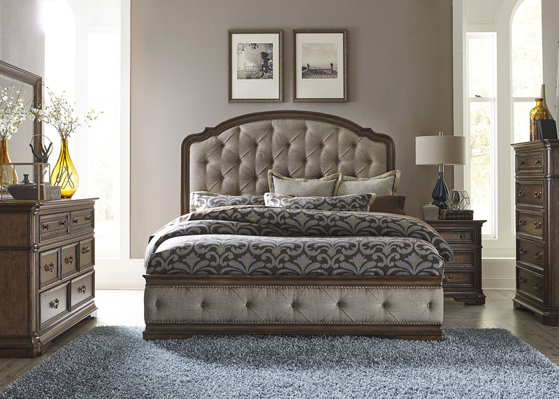 Amelia 4 Piece Bedroom Set with Upholstered Bed