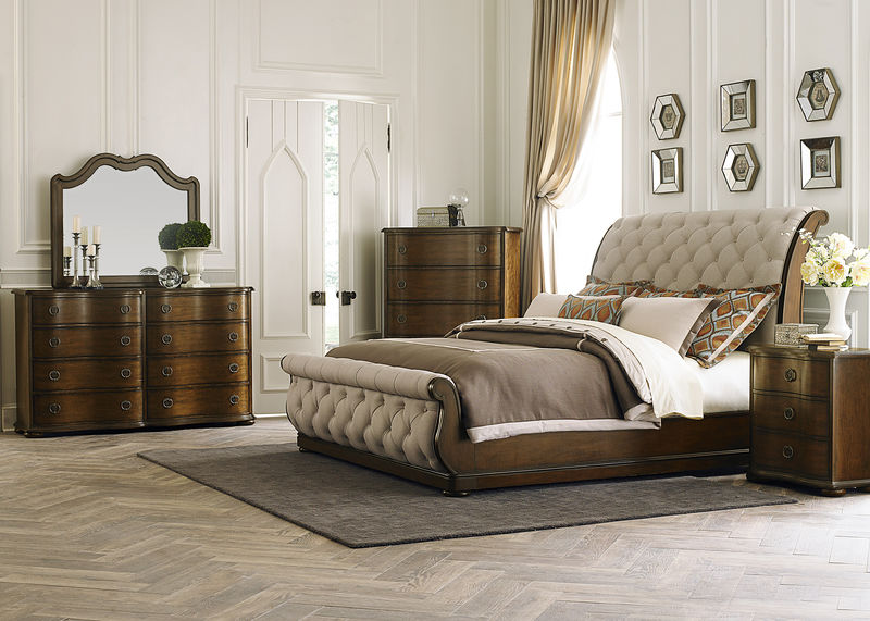 Cotswold 4 Piece Queen Sleigh Bedroom Set