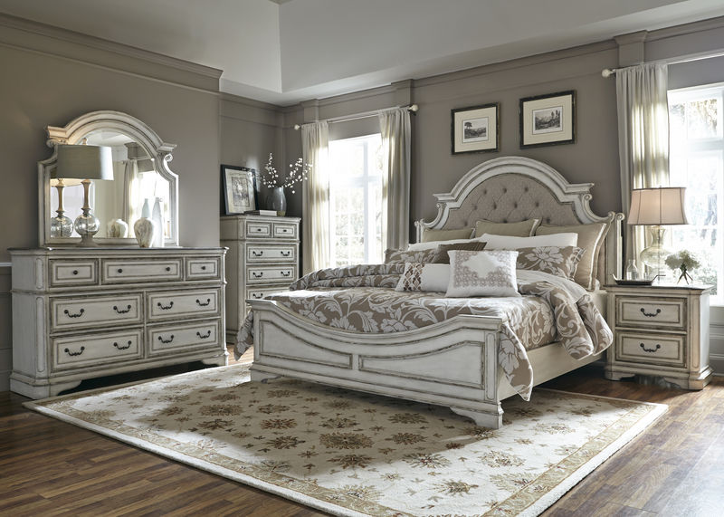 Magnolia Manor 4 Piece Queen Bedroom Set with Upholstered Headboard