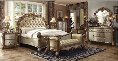 Walther Bedroom Set in Gold